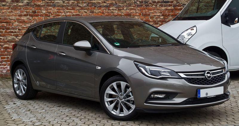 Evropským autem roku se letos stal Opel Astra
